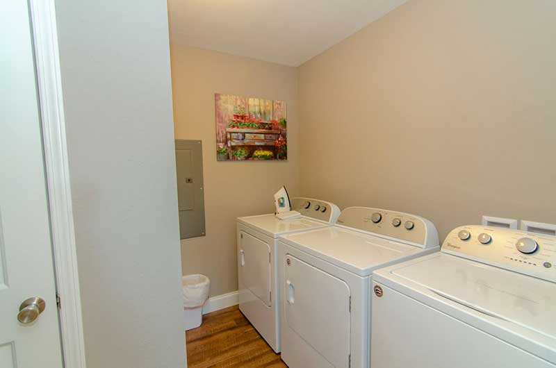 Norris Lake Properties | American Spirit; Norris Lake House Rental | Laundry Room