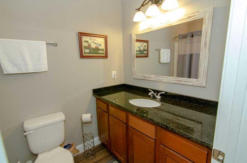 Norris Lake Properties | American Spirit; Norris Lake House Rental | Bathroom