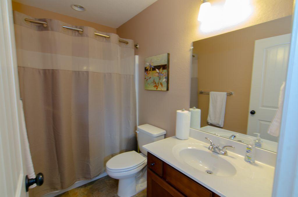 Norris Lake Properties   Hidden Treasure; Norris Lake Cabin Rentals   Bathroom