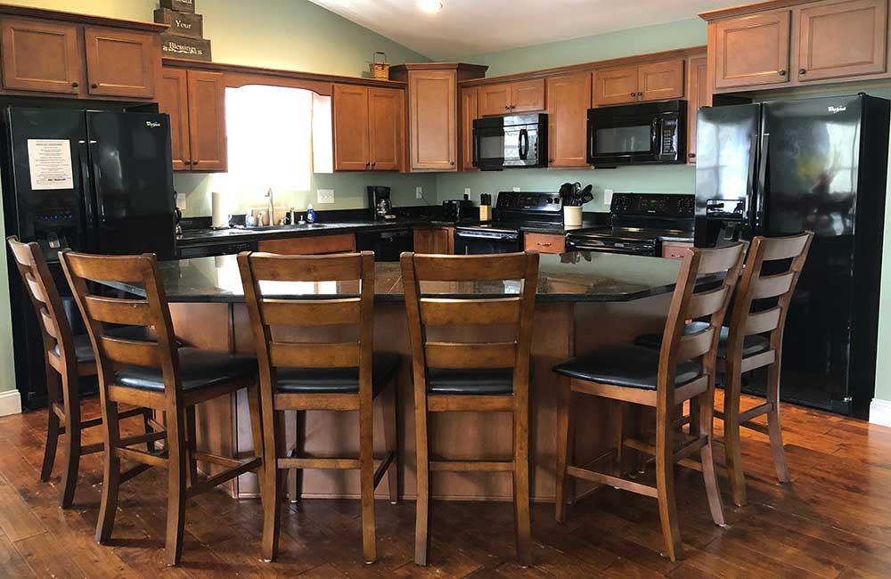 Norris Lake Properties | Great Blessing; Norris Lake House Rental | Eat in Kitchen